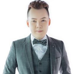Aaron Tang