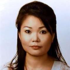 Claudia Thong
