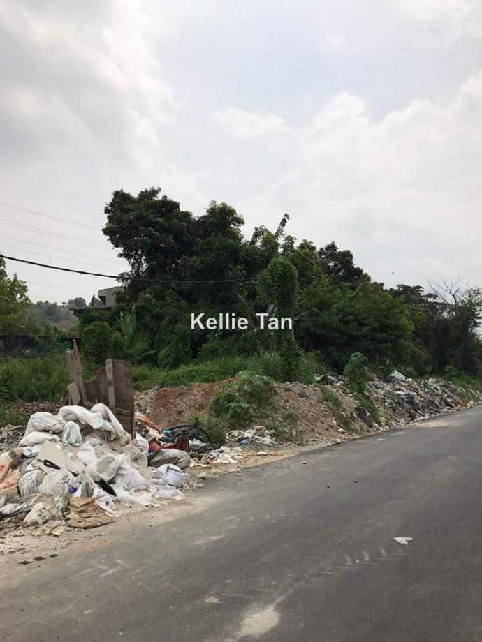 Taming Jaya, Balakong
