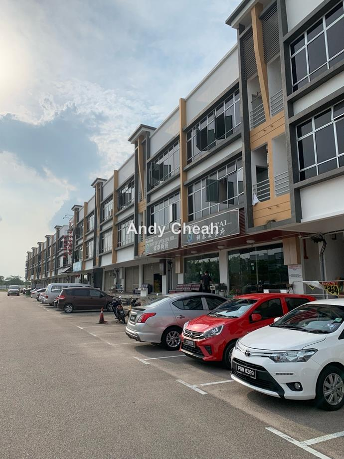 I-Parc, Gelang Patah