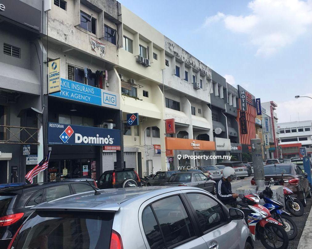 Damansara Utama Corner Unit, Uptown, Damansara Utama