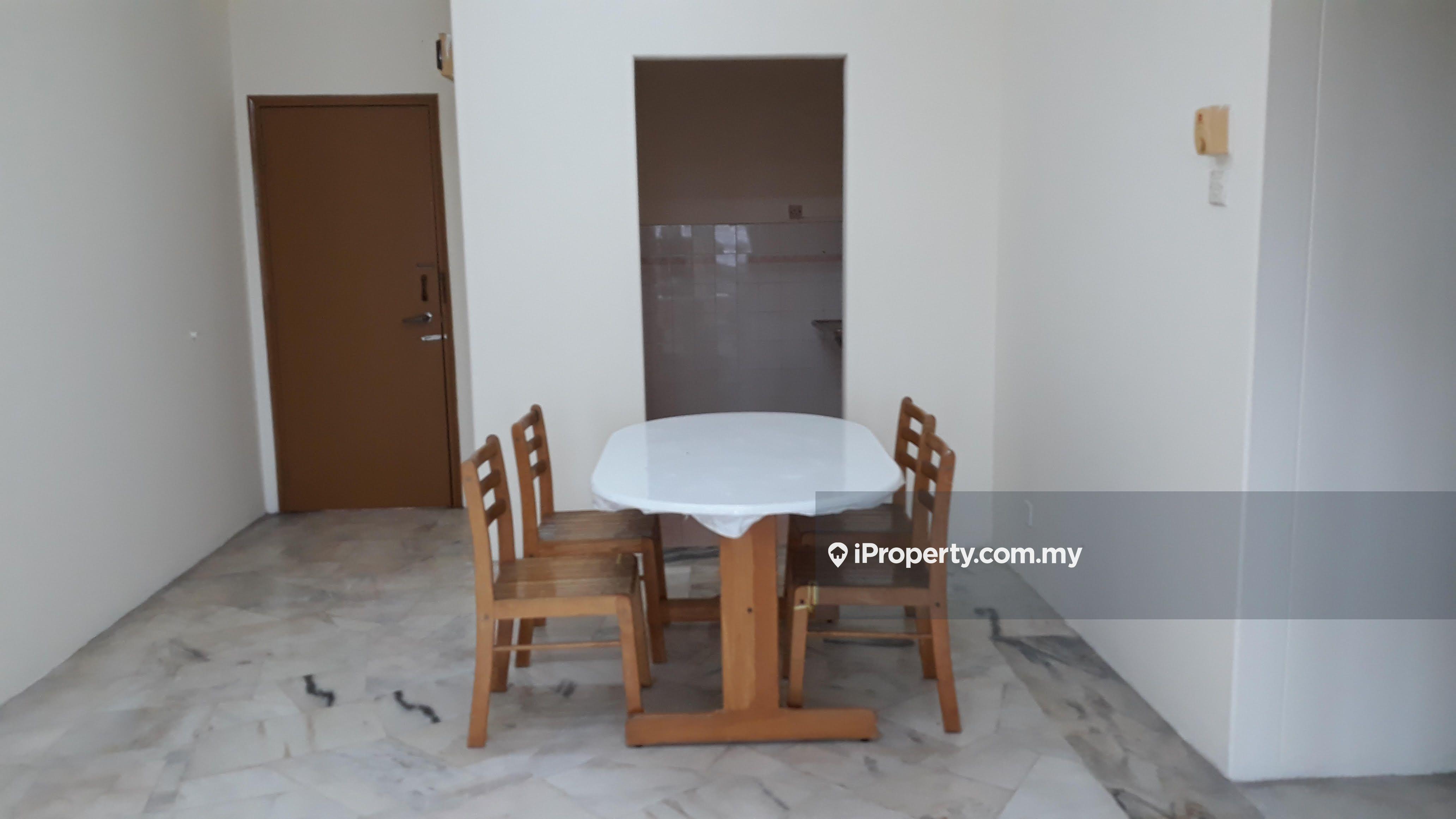 D' Kiara Apartment, Taman Wawasan, Puchong