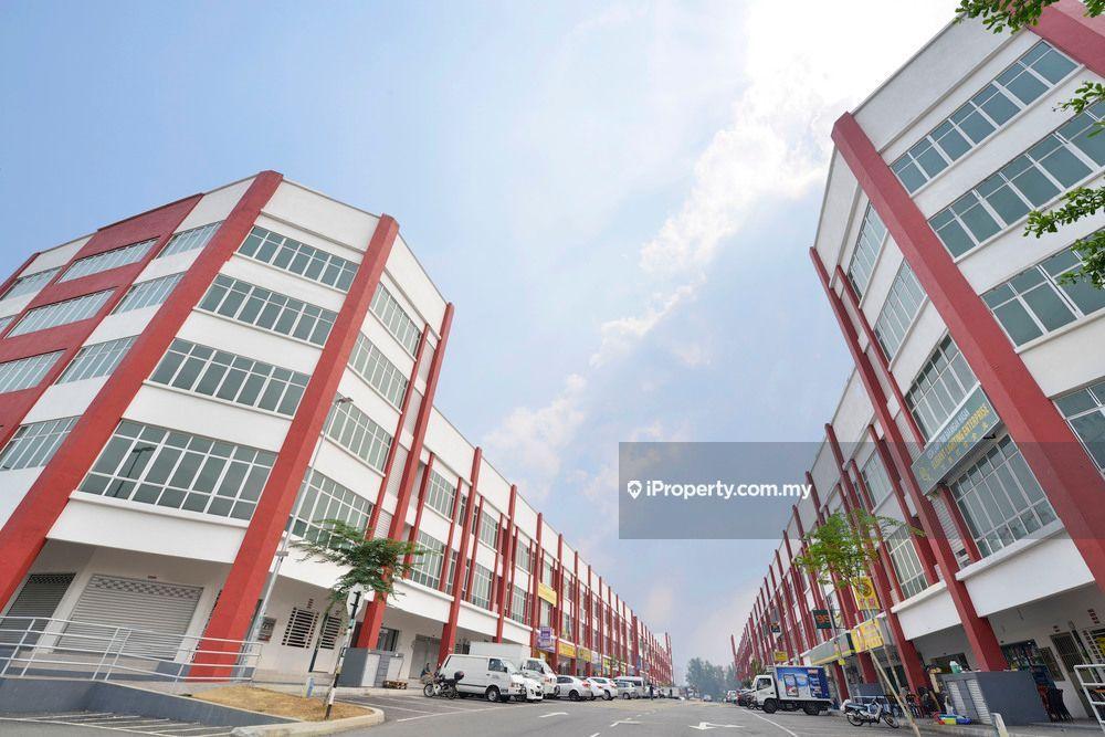 Merchant Avenue, 32 Avenue, Bs 9, Bukit Serdang, Seri kembangan, Serdang