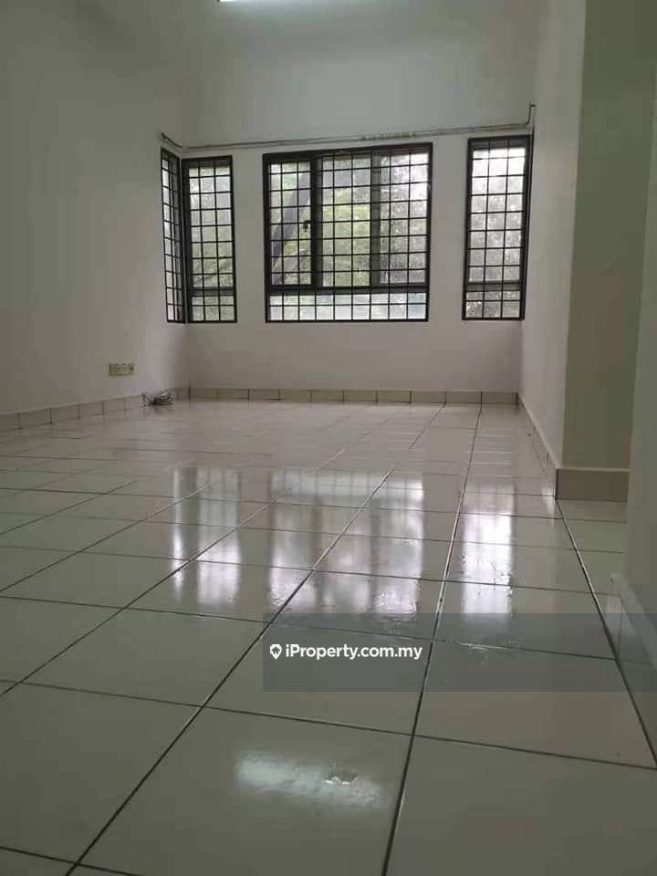 Tropika Apartment, Bandar Bukit Tinggi, Pandamaran