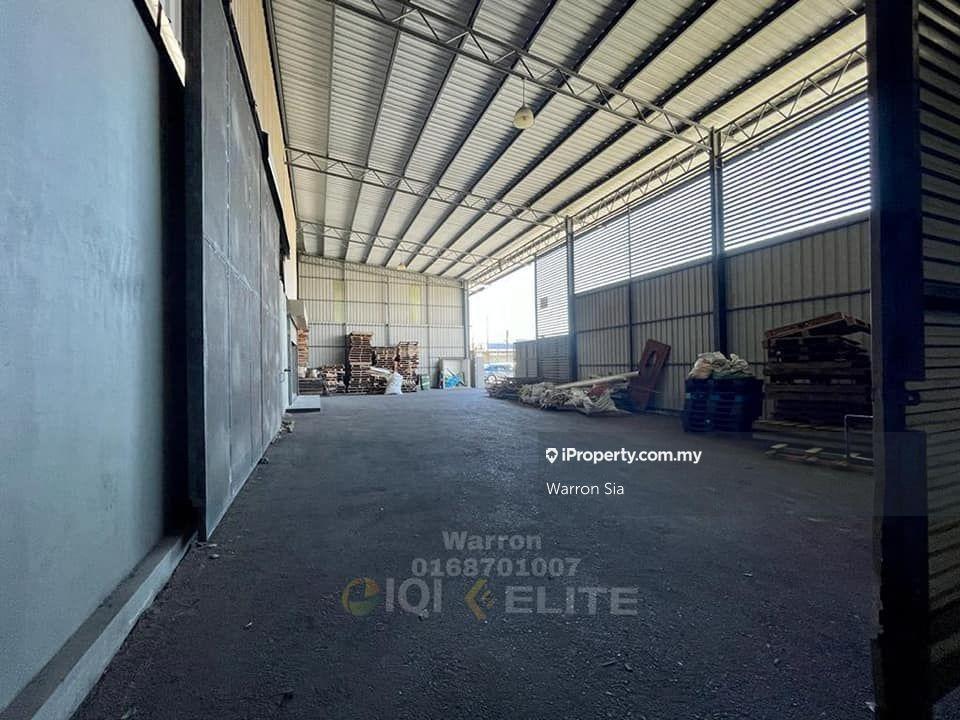 Muara Tabuan Warehouse, Muara Tabuan , Kuching
