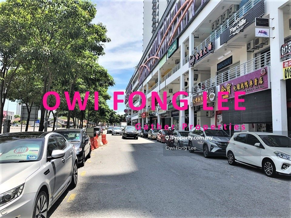 (Ground Floor) Golden Triangle Shop Lot BU:1,463sf Facing Main Road, Sungai Ara