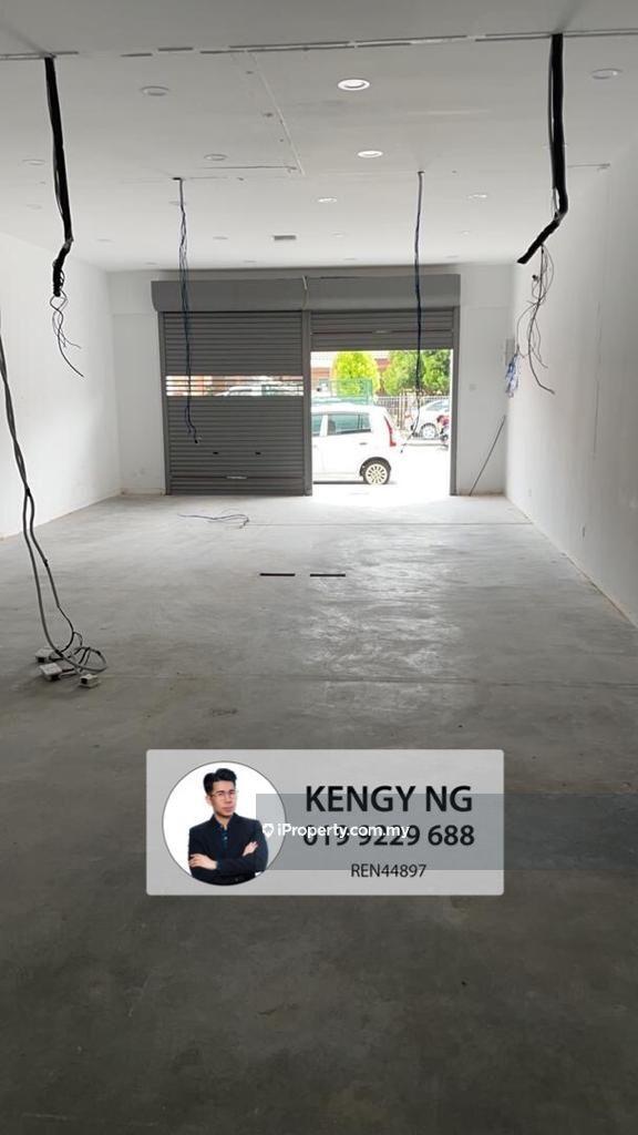 Arena Curve Shop Lot Ground Floor, Sunway Tunas, Bayan Baru