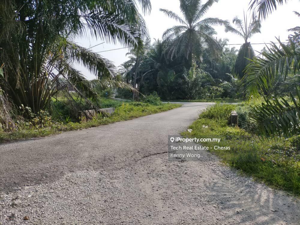8 acres land @ Bukit Changgang, Kuala Langat, Dengkil