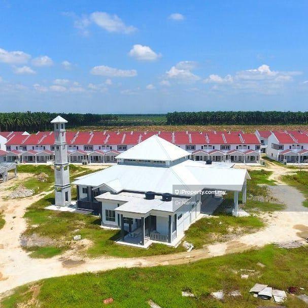 Booking rm100 rumah baru  teres dua tingkat , Seri Manjong