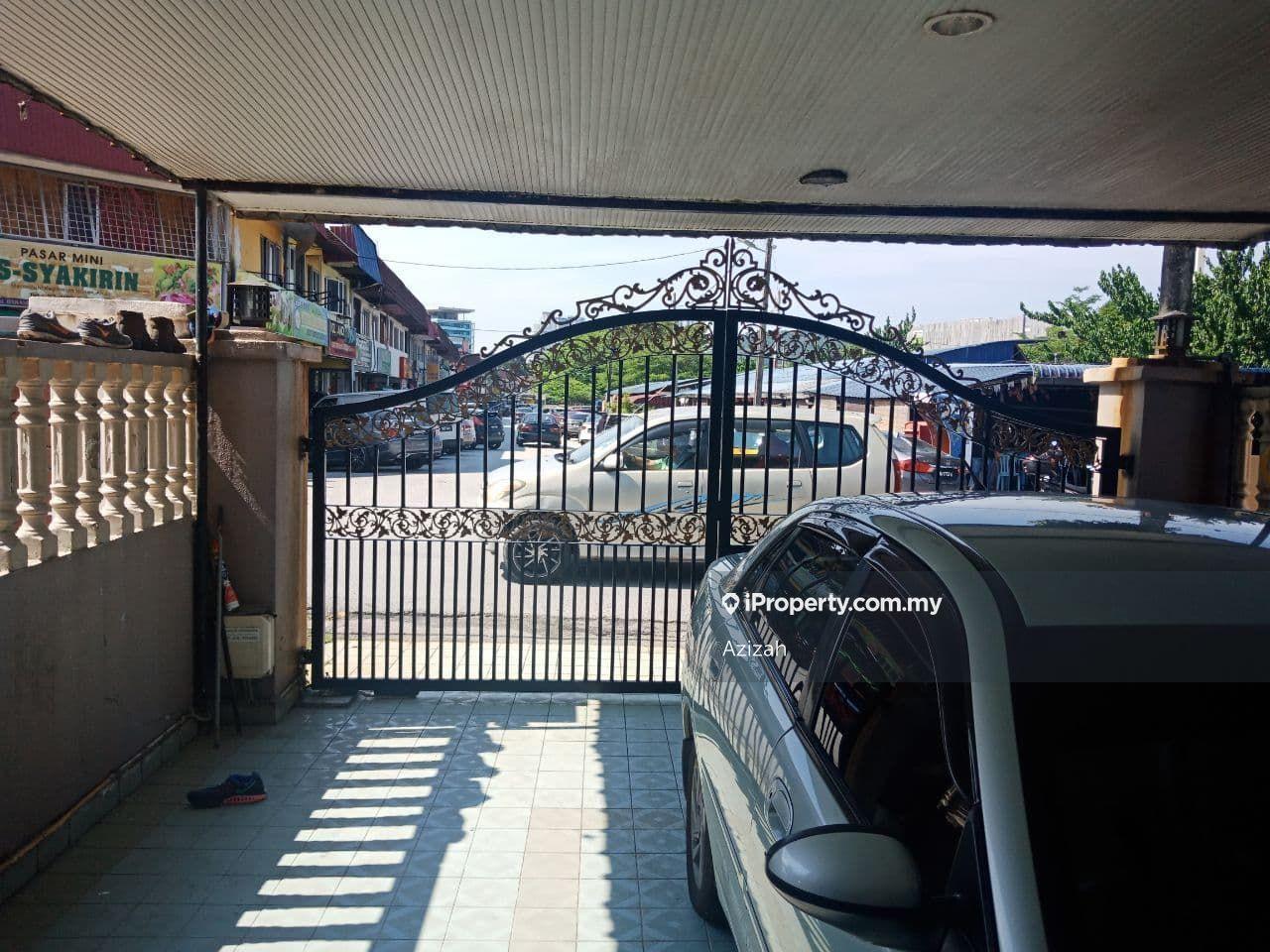 Double Storey Intermediate Jalan J Taman Melawati, Ulu Klang