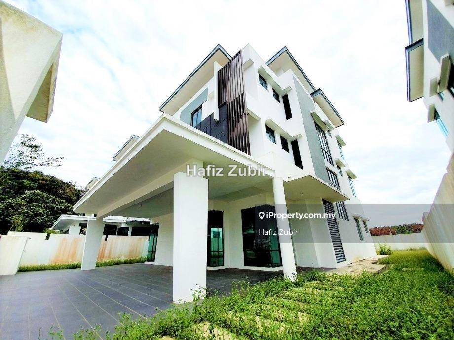 Bungalow Lambaian Residence Taman Universiti Bangi, Bangi