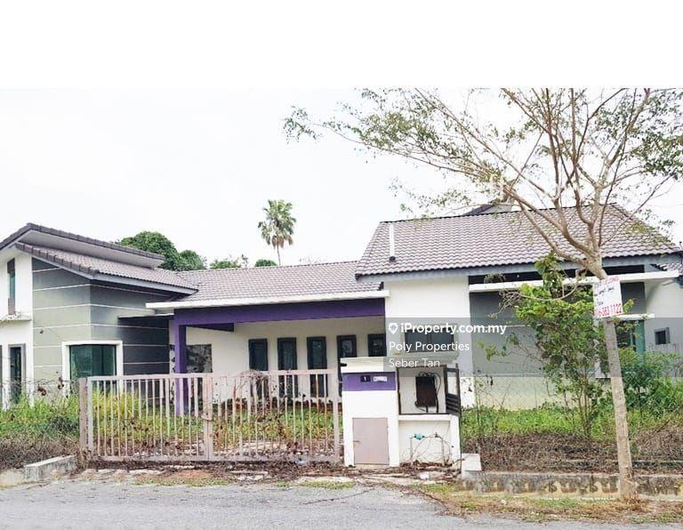 Taman Langat Jaya, Teluk Datuk, Banting, Banting
