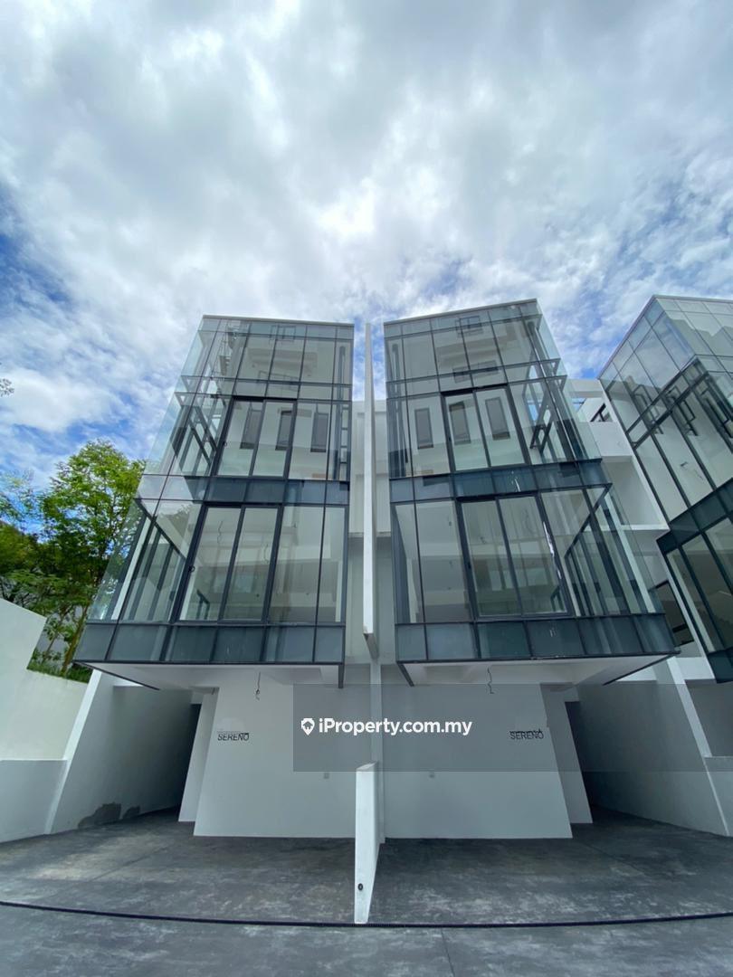 Empire Residence , Damansara Perdana