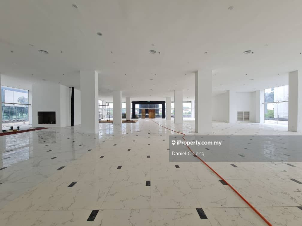 Commercial Space, Ground Floor, Show Room, Price Negotiable, Petaling Jaya