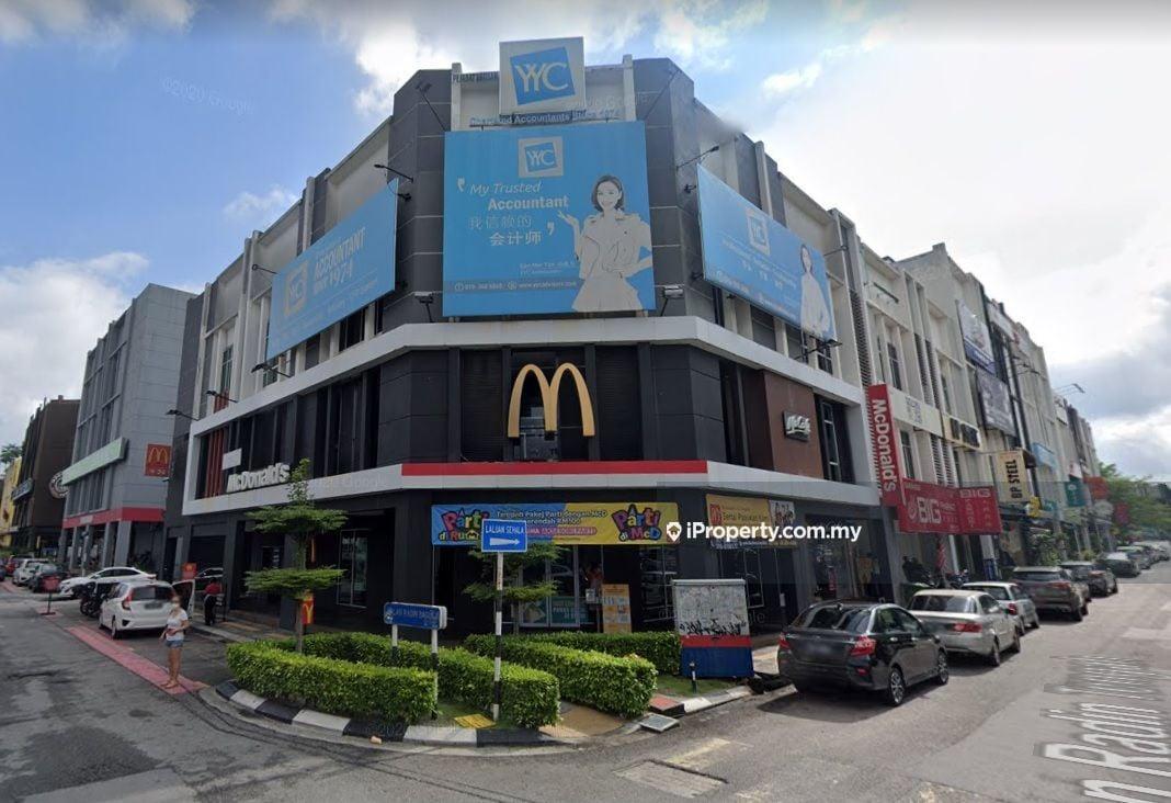 JALAN RADIN BAGUS, JALAN RADIN ANUM, JALAN RADIN TENGAH, Sri Petaling
