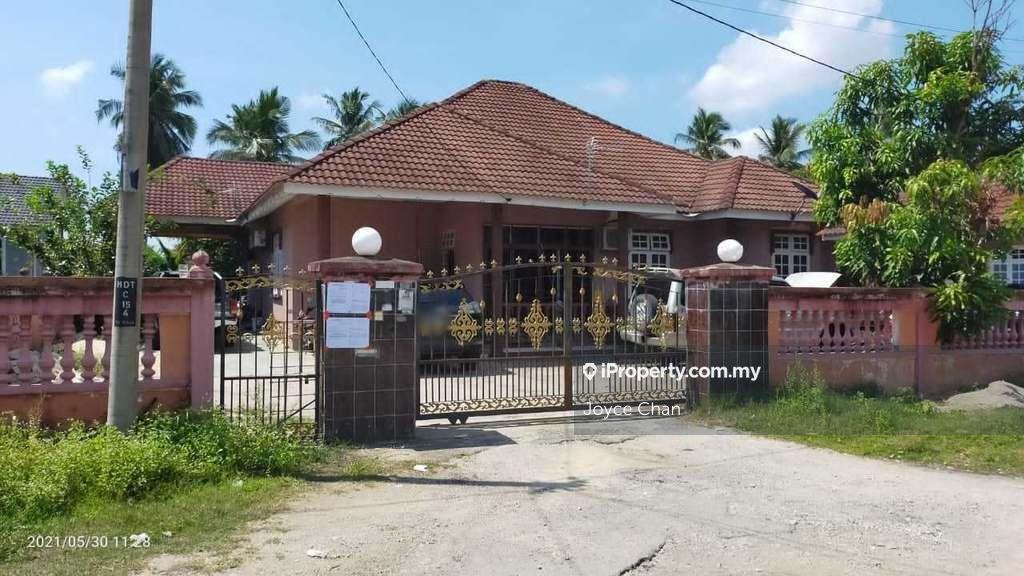 Kampung Lapan Pari, Kota Bharu