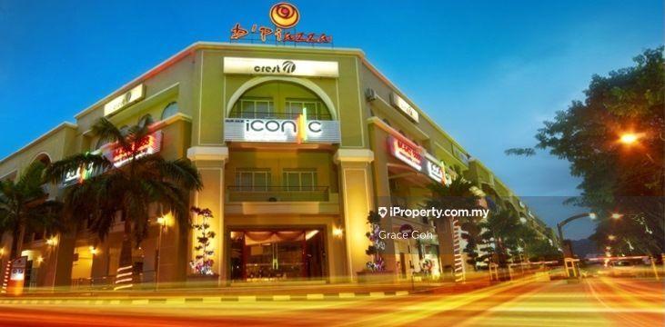 3 storey D'Piazza main road with tenant , Bayan Baru