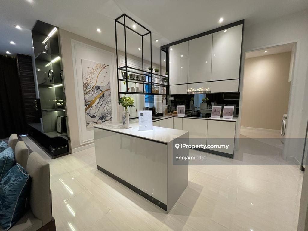 Hampton Height Damansara, Country Heights Damansara