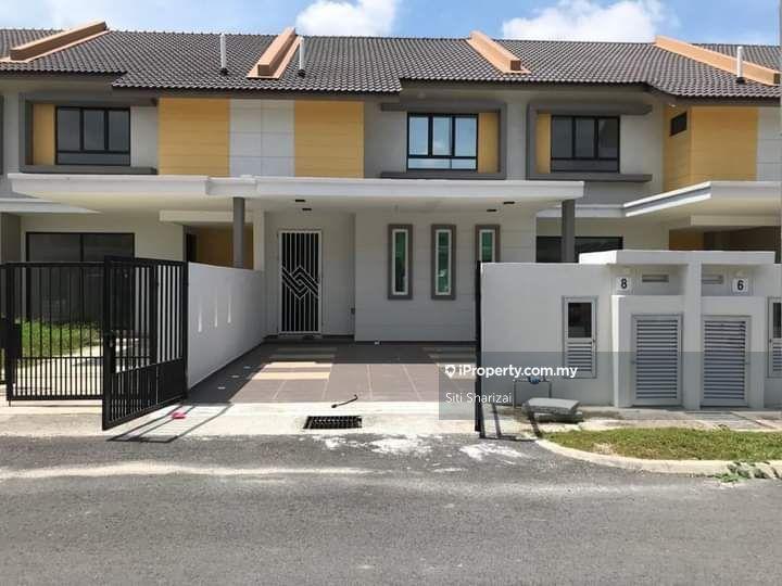 RENOVATED Double Storey, Bandar Mahkota Banting, Banting