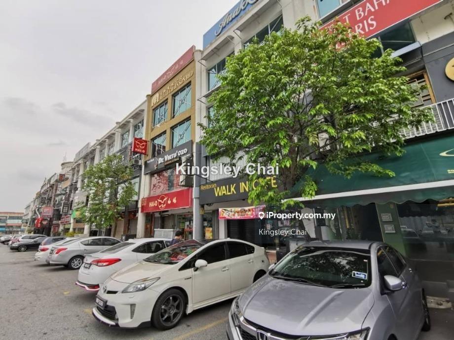 Facing Giant, Citi Bank,  Jalan Puteri 1 , Bandar Puteri Puchong, Puchong , Bandar Puteri Puchong