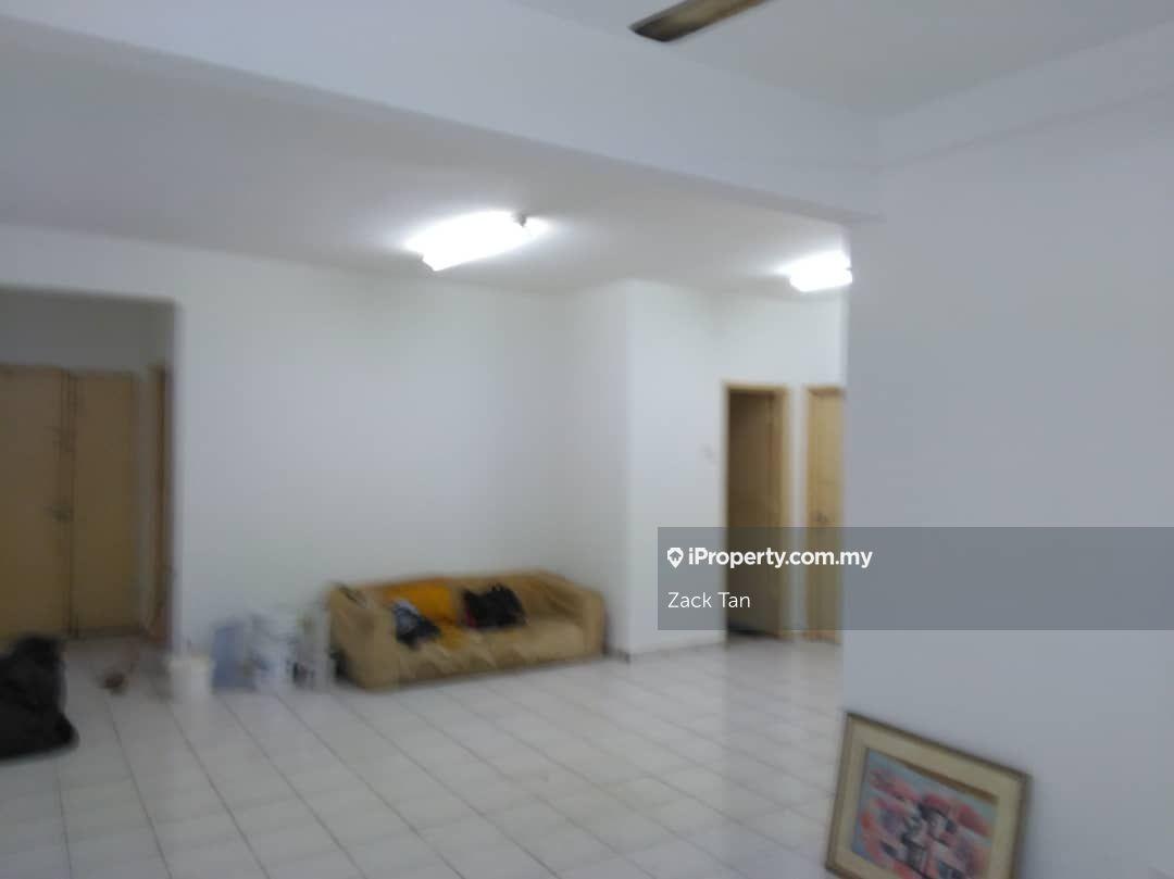 Aman & Damai Apartment, Taman Wangsa Permai, Kepong