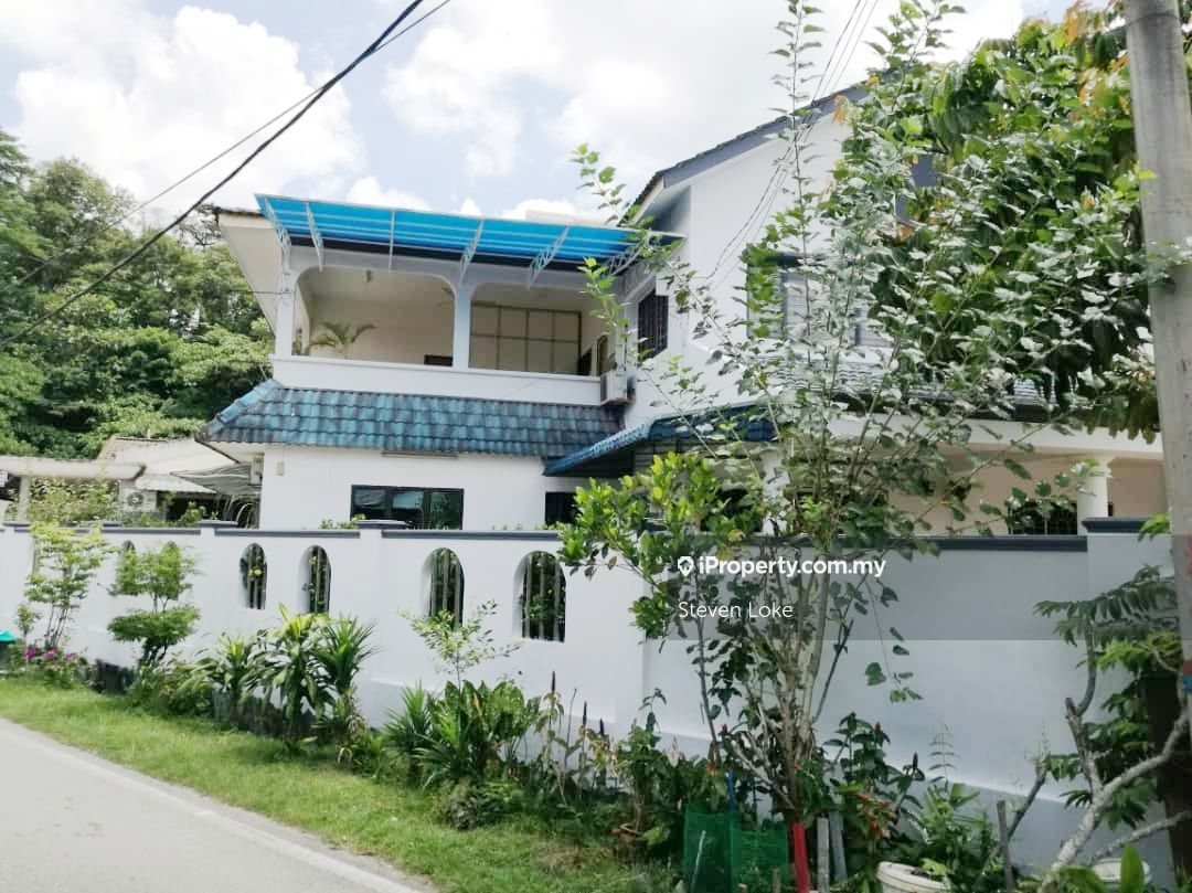 KEPONG ULU DOUBLE STOREY BUNGALOW FOR SALE, Kepong