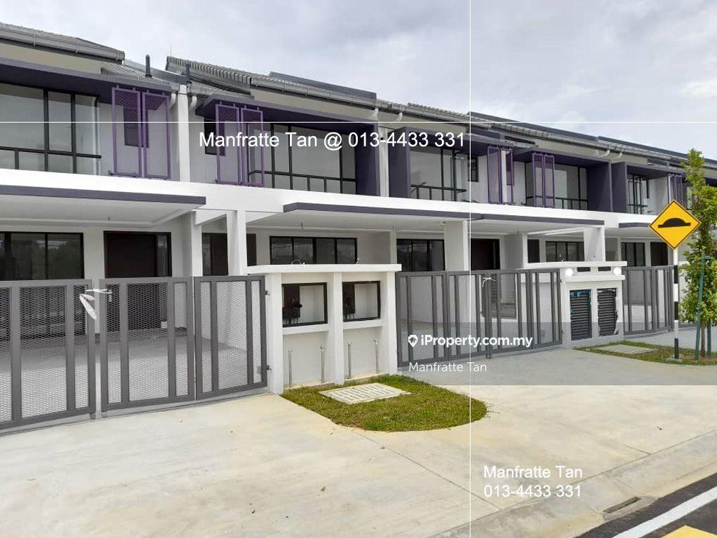 Bandar Bukit Raja Klang, Ayra, Azira, Casira, Bandar Bukit Raja