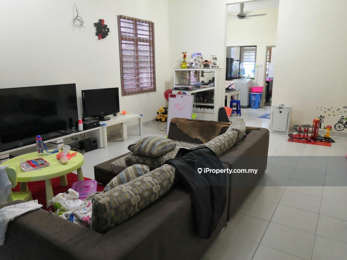 End Lot 2 Storey House Got 15 Feet Land 100% Loan , Bandar Puteri Klang