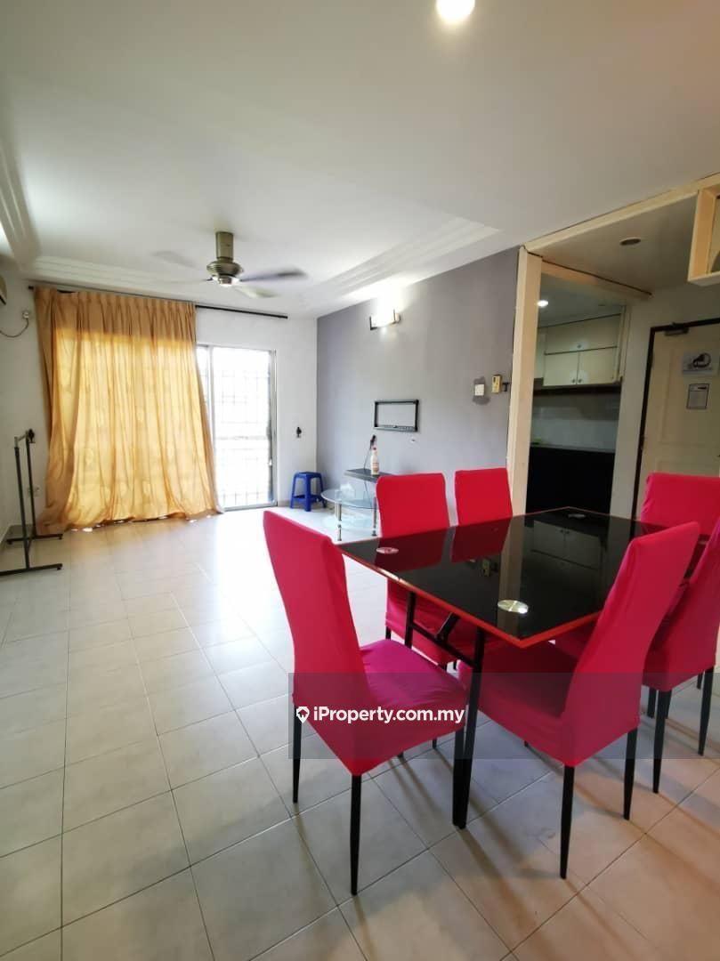 Rose Villa Apartment, Taman Puteri Kulai, Kulai