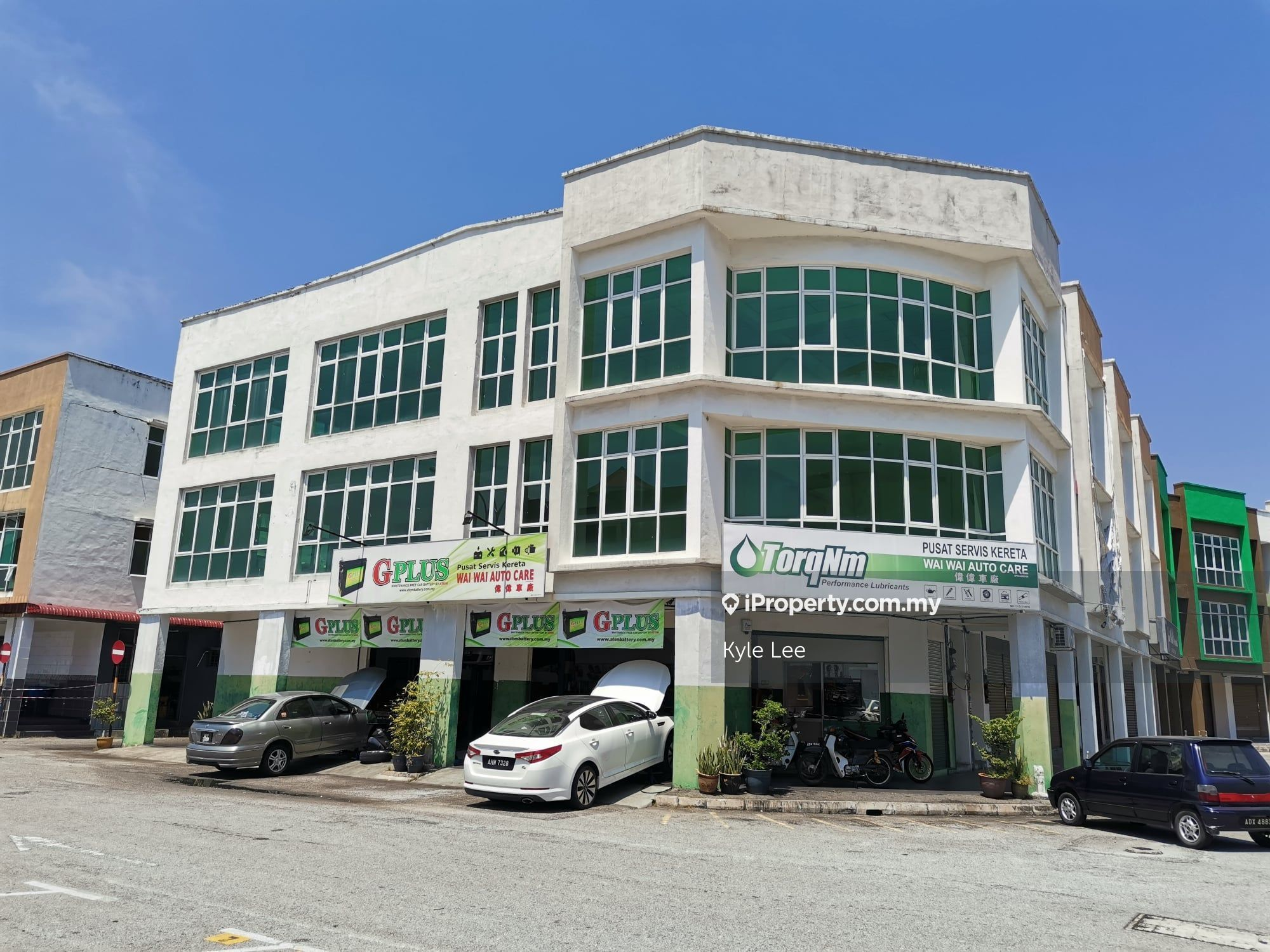Station18 TRIPLE STOREY NEW SHOP ~FREE LEGAL FEE AND STAMP DUTY ~BOOKING RM3000, Station 18, Ipoh