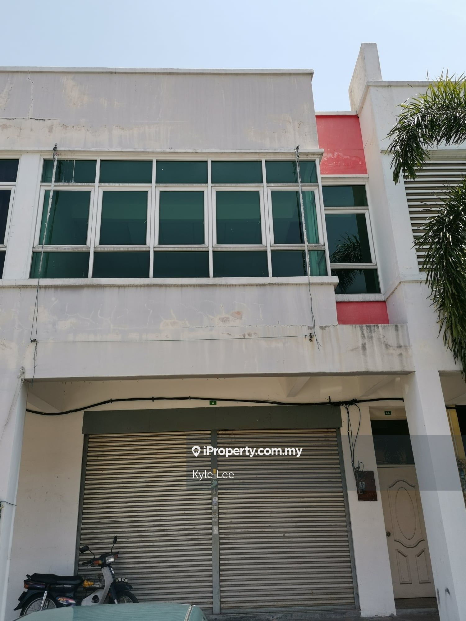 Station18 DOUBLE STY SHOP ~FREE LEGAL FEE AND STAMP DUTY~ RM3000 BOOKING, Station 18, Ipoh