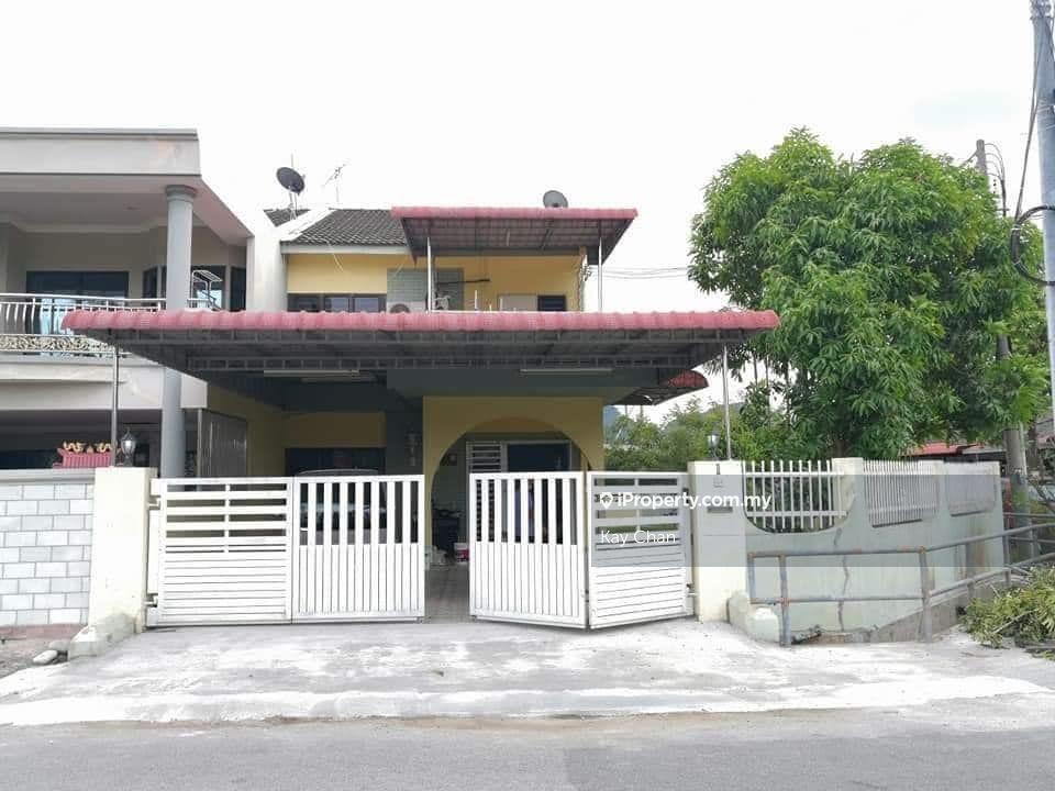 GunungRapat Double Sty Corner House @ Taman Rapat, Ipoh