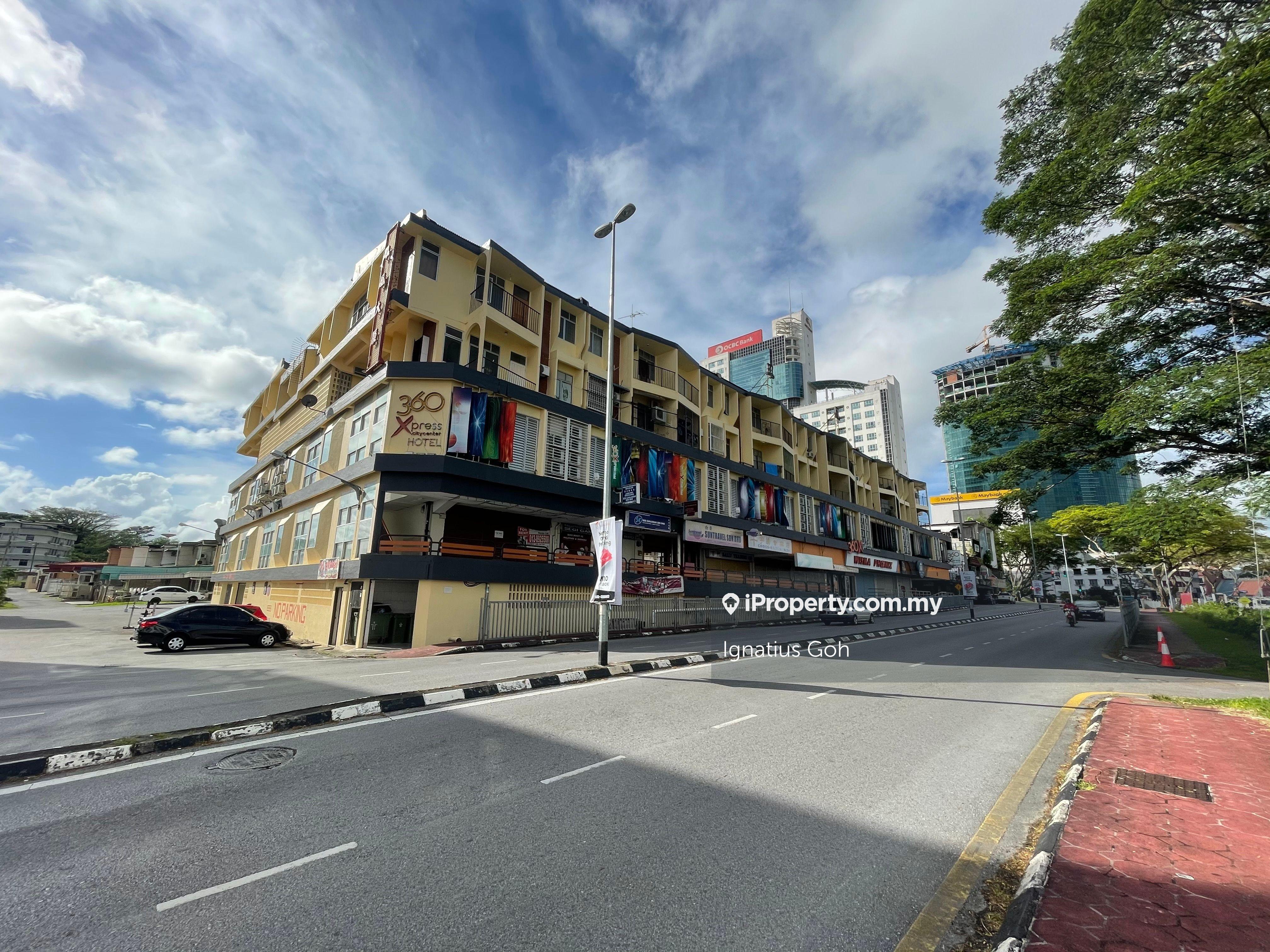 Wisma Phoenix, Kuching