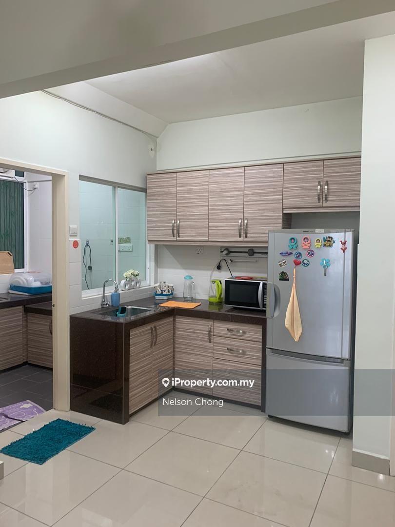 First Residence (Residensi Unggul), Kepong Baru, Kepong