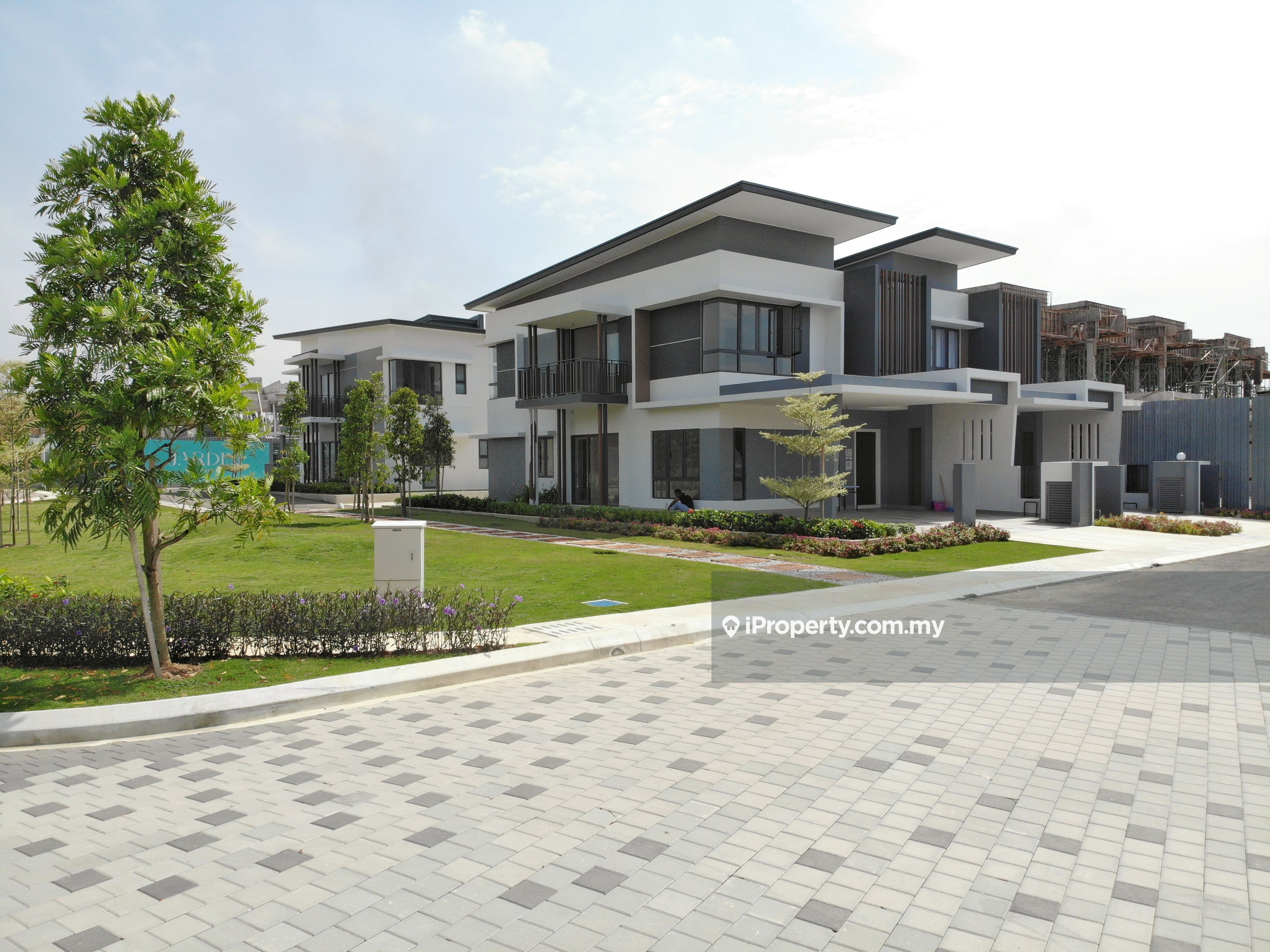 New Lauch FreeHold 2 Storey Link House, Kepong
