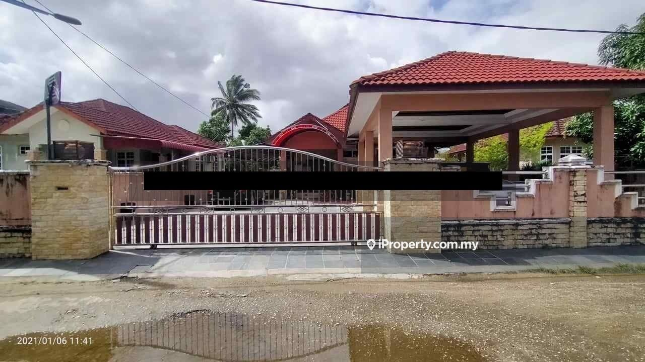 Kampung Wakaf Mek Zainab, Jalan Tanjung Chat, KB, Kota Bharu