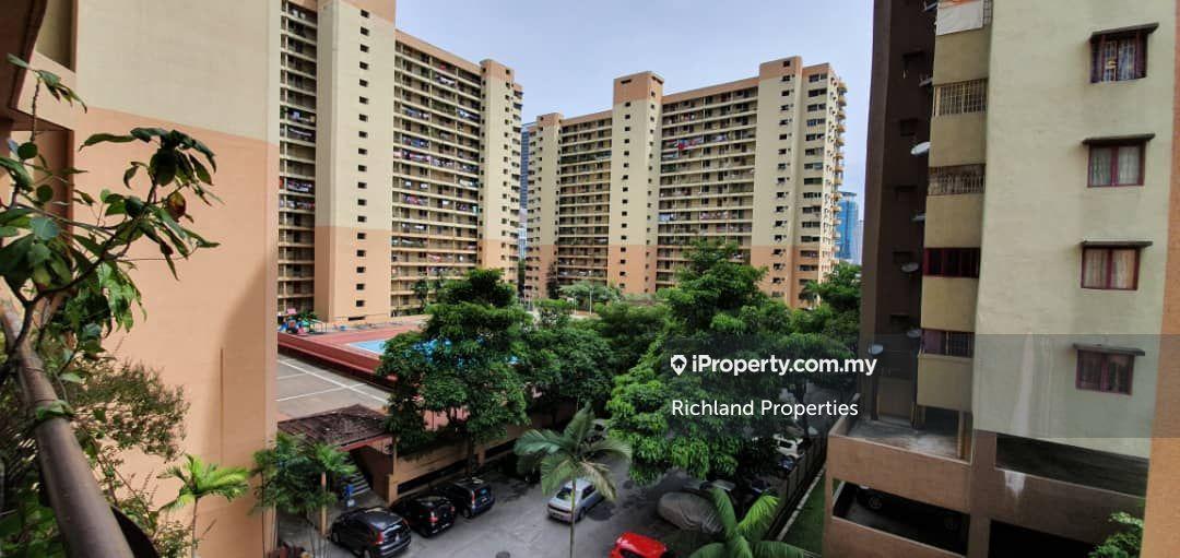 Palm Court Apartment, Brickfields