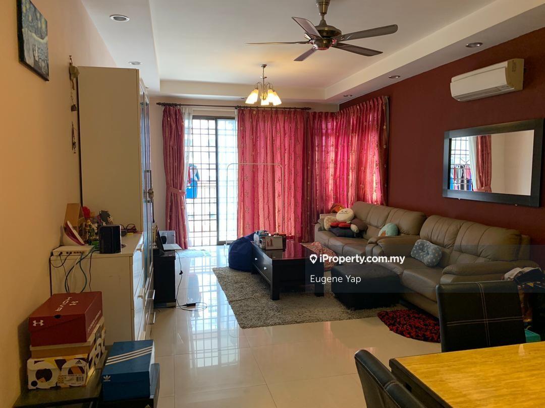Royal Domain Sri Putramas 2, Jalan Kuching