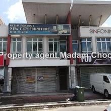 Facing Main Road Taman Malim Permai Ground floor shop for, Batu Berendam