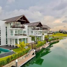 Emerald Bay, Puteri Harbour, Iskandar Puteri (Nusajaya)