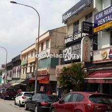 shop below market, MID VALLEY  Jalan Klang lama, Brickfields