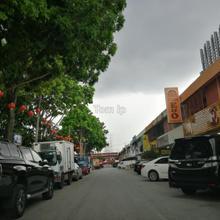 Taman Wahyu, Jalan Kuching