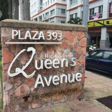 Queen's Avenue, plaza 393, Cheras