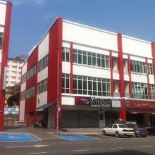 Merchart Avenue, Taman Bukit Serdang, Serdang