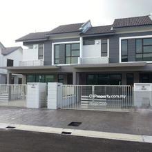 Lakeside Residence Puchong , Puchong