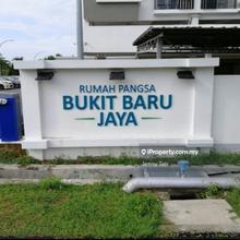 Rumah Pangsa Bukit Baru Jaya, Bukit Baru