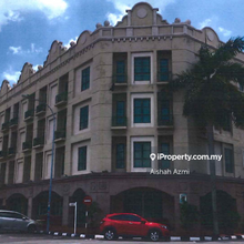 Plaza Mahkota , Plaza Mahkota, Dataran Pahlawan, Bandar Hilir