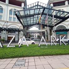 Plaza Arkadia, Plaza Arcadia, Desa Parkcity, Desa Park City, Kepong. Menjalara, Desa ParkCity