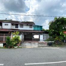 Serdang, Seri Kembangan Corner House for Sale, Serdang
