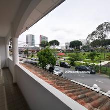 [  Facing Field ] , SS20, Damansara Kim